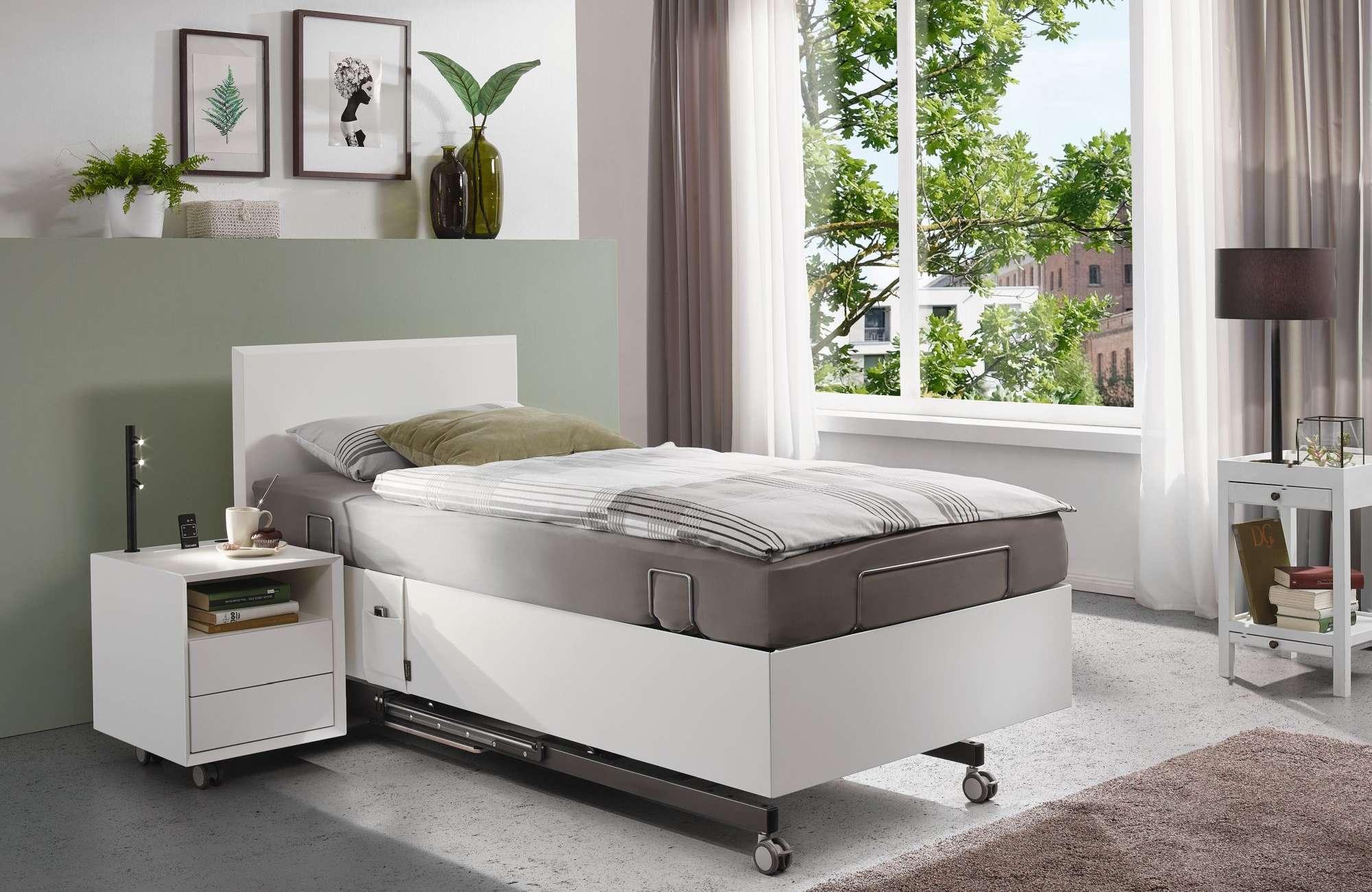 Kirchner Komfortbett aus der Traumwerkstatt Terhardt in Gladbeck in Weiß